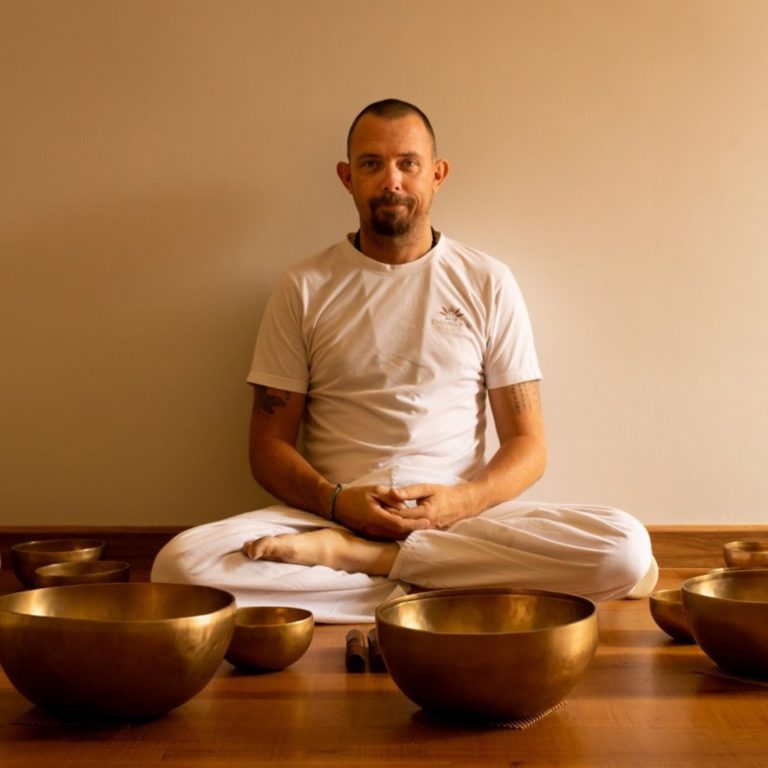 Tibetan Singing Bowls by Ali Chiang Mai Holistic