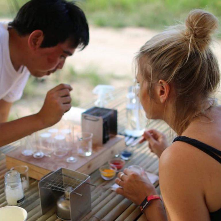 Lip Gloss Making by Craftfeteria