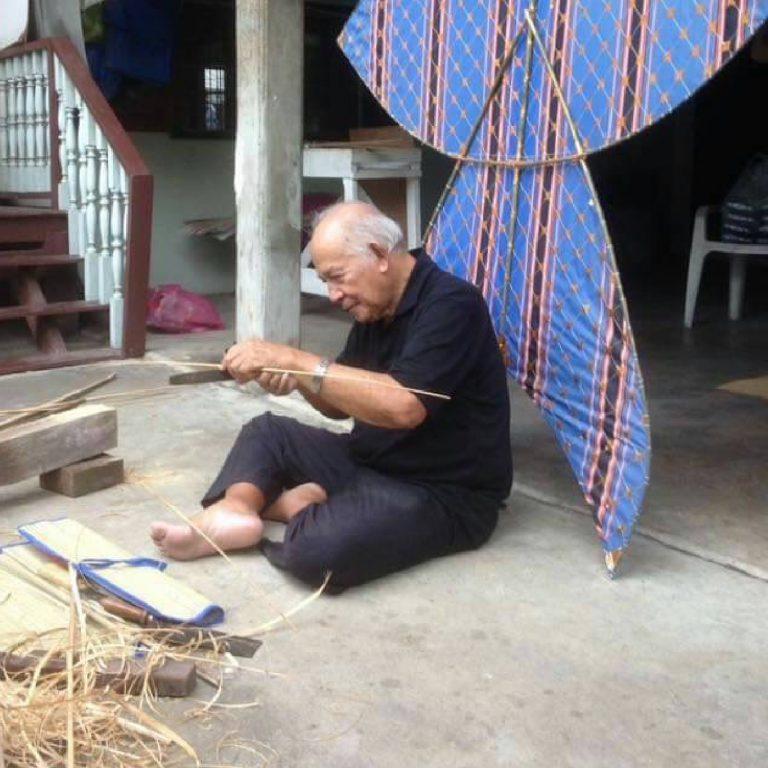 Kite Making Workshop by Thai Kite Association