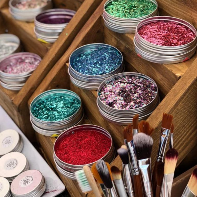 Eco-friendly Glitter Station by The Hive