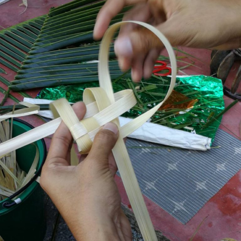 Natural handicraft with Thailand Smart Farmers